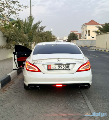mercedes-cls-63-amg-in-agency-condition-big-2