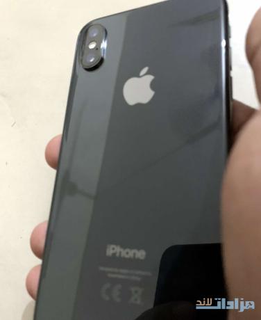 iphone-xs-64gb-big-2