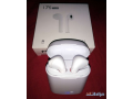 selling-airpods-small-1