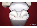 selling-airpods-small-2