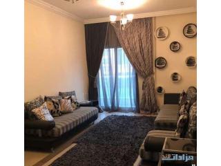 الشارقة تعاون غرفتين وصالتين مع بلكونه واطلاله