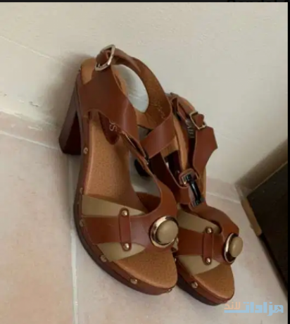 sandal-and-shoes-for-sale-big-0