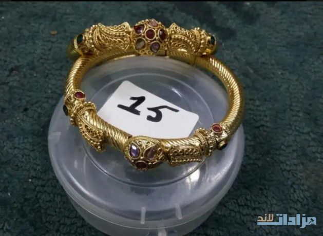 golden-artifical-bangles-jewerly-big-0