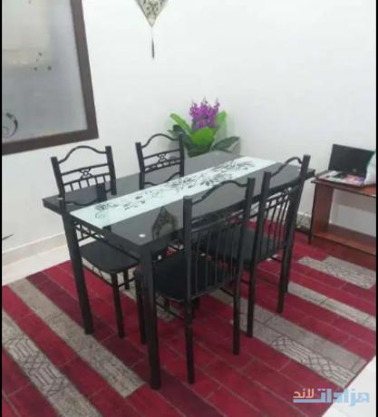 dinning-table-and-sofa-big-0