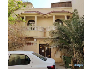 6 Bed Room Villa for Sale in Hoora