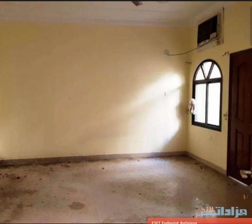 6-bed-room-villa-for-sale-in-hoora-big-1