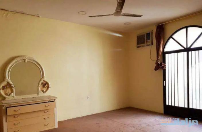 6-bed-room-villa-for-sale-in-hoora-big-6