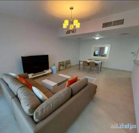 beautiful-high-floor-1-bedroom-for-sale-in-amwaj-island-big-4