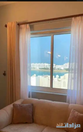 2-bedroom-apartment-in-amwaj-for-sale-big-5