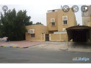 مطلوب بيت حكومي مساحة 400 متر