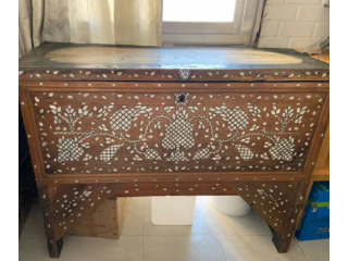 صندوق خشب معتق antique