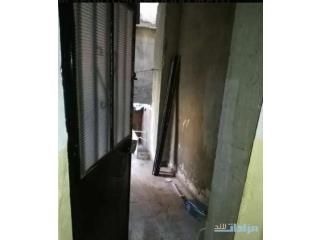 غرفتين ومطبخ وحمام