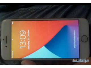 Iphone 8 64gb kteer ndeef