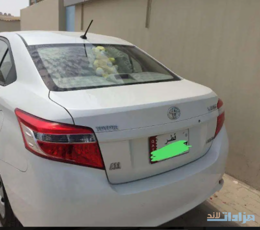 toyota-yaris-model-2017-registration-2018-perfect-condition-car-big-1