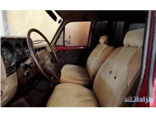 سيارة الزمن الجميل -( صالون تويوتا)- للبيع