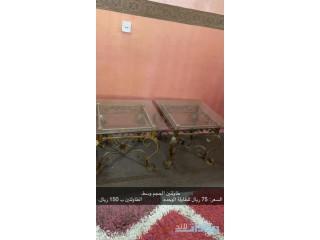 طاولة تلفزيون و طاولات عاديه للبيع