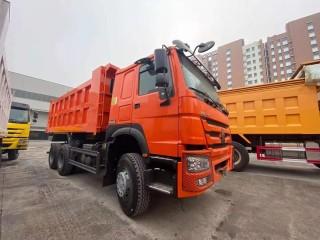 شاحنه howo قلاب 371hp(4*6) مع محرك sinotruck جديد للبيع بجودة عالية