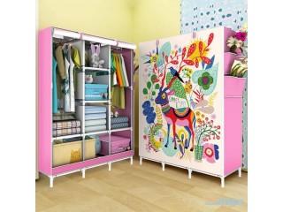 خزانة قماشية ملونة