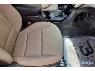 للبيع سياره هيونداي جيب سنتافي جراند 2015