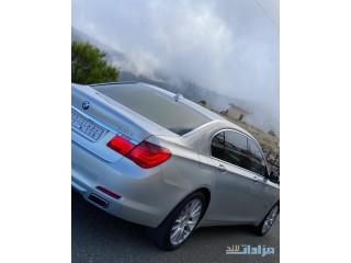 للبيع BMW الفئة السابعة نظيفة جدا