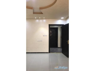 » شقه نظيفه في فله مدخلين لها سطح مطبخ راكب مكيفات موقع مميز الرياض